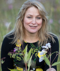 Book an Appointment with Angela MacRitchie for Herbal Medicine